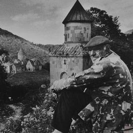 《想念・亚美尼亚―阮义忠摄影展》
