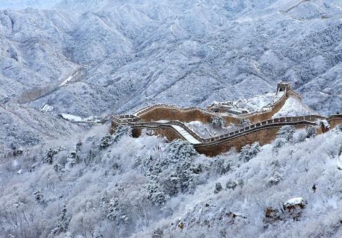 八达岭长城秋雪