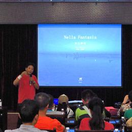著名摄影家、哈苏大师王建军老师为学员讲述风光摄影经验