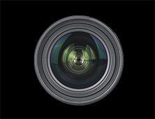 18-35mm f/1.8 DC正面