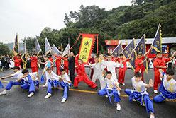 峨嵋七侠助力2015环中赛