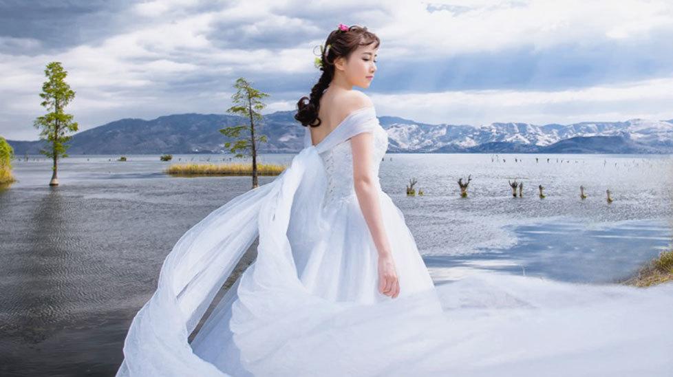 四月花嫁-大理自拍婚纱照