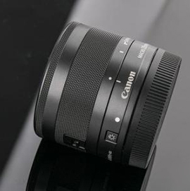 EF-M 28mm f/3.5 IS STM