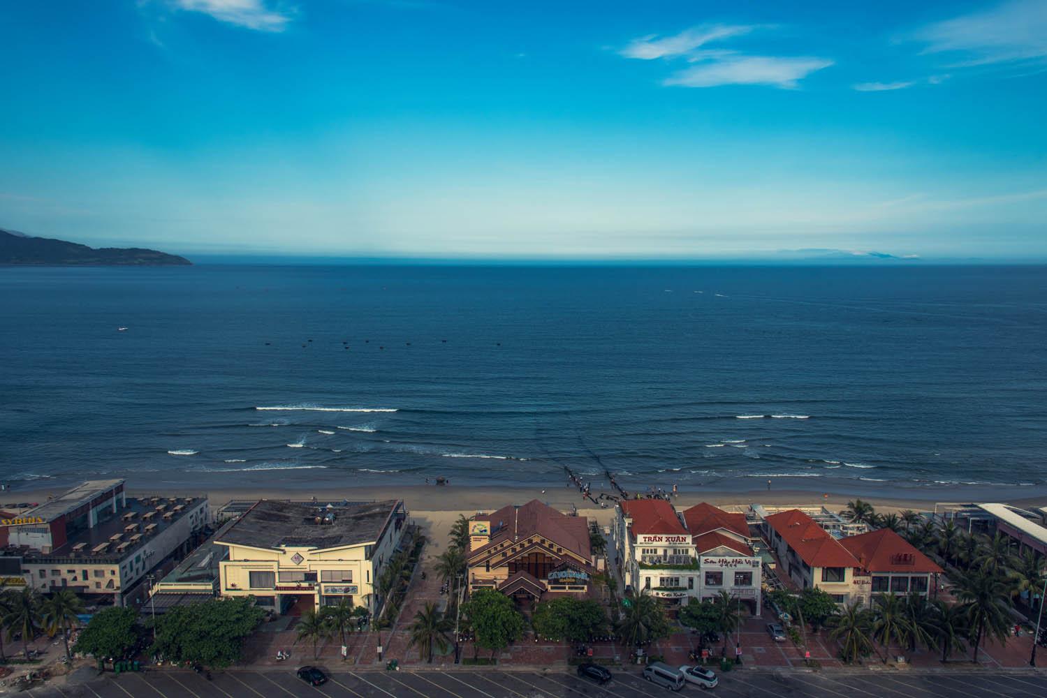 海边城市(岘港)-严磊